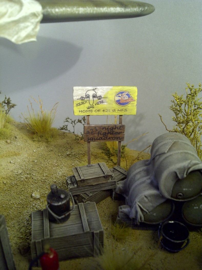 P-61  BLACK WIDOW / HOBBY BOSS 1/32 ( diorama ) - Page 3 Saint-29