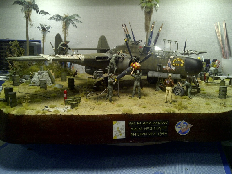 P-61  BLACK WIDOW / HOBBY BOSS 1/32 ( diorama ) - Page 3 Saint-32