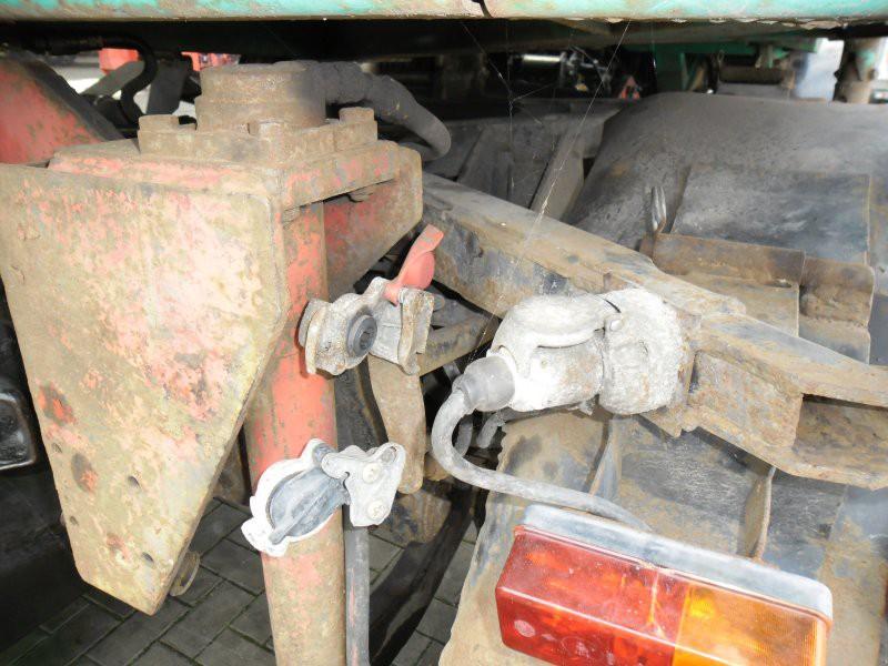 unimog mb-trac wf-trac pour utilisation forestière dans le monde - Page 31 U_417_15