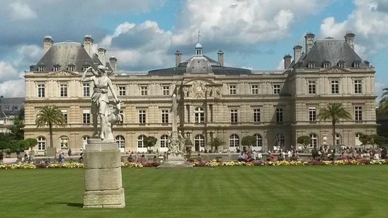 Palais du Luxembourg 10628410