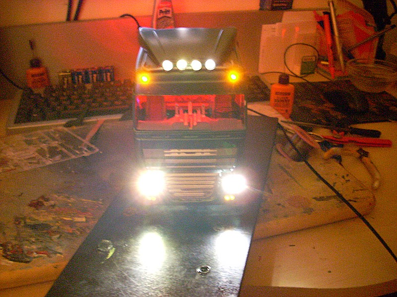 DAF XF 105 mit Beleuchtung... 64653310