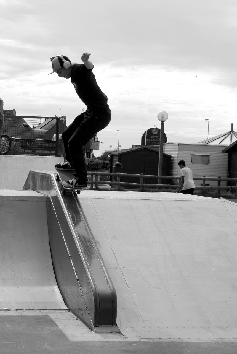 Contest skate (+ session en skate parc extérieur N&B) P1020210