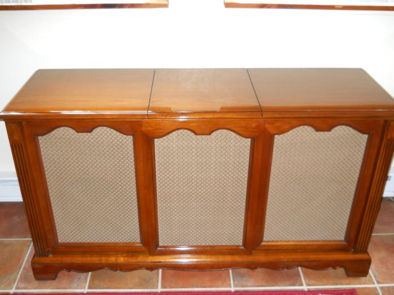 Restoration of a Magnavox Concert Grand 02110