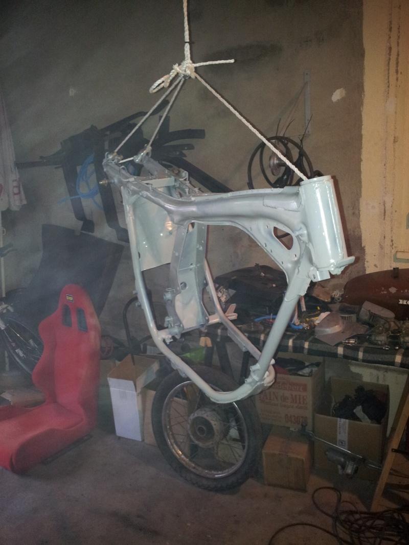 bonjour à tous , nouveau et premiere moto  20121111