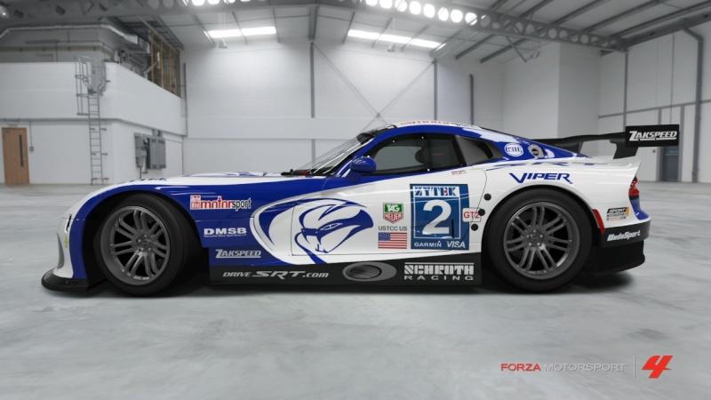 Viper - SRT Motorsport GTS-R '13 - Team Schroth Viper_14