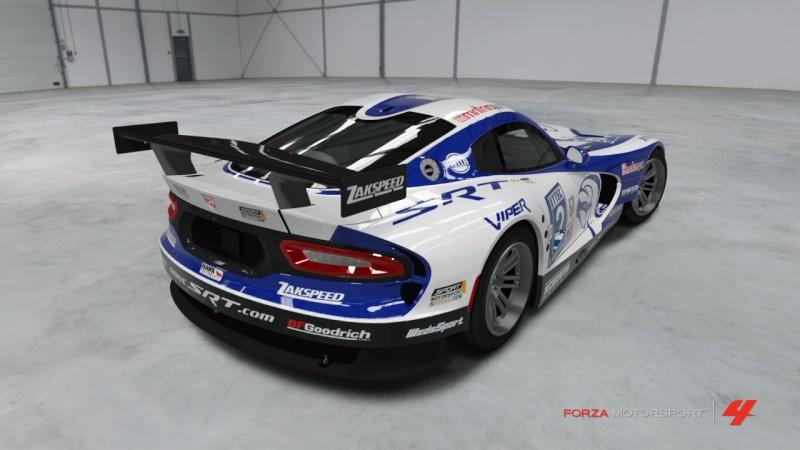 Viper - SRT Motorsport GTS-R '13 - Team Schroth Viper_15