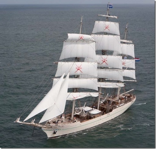 Nouveau grand voilier Shabab13