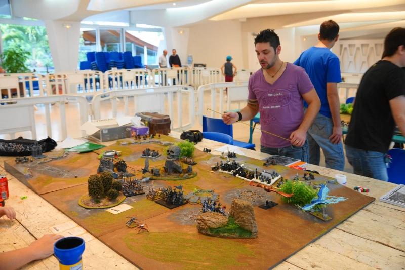 Weekend de jeux et expo maquettes à la mairie  - Page 2 Dsc07011
