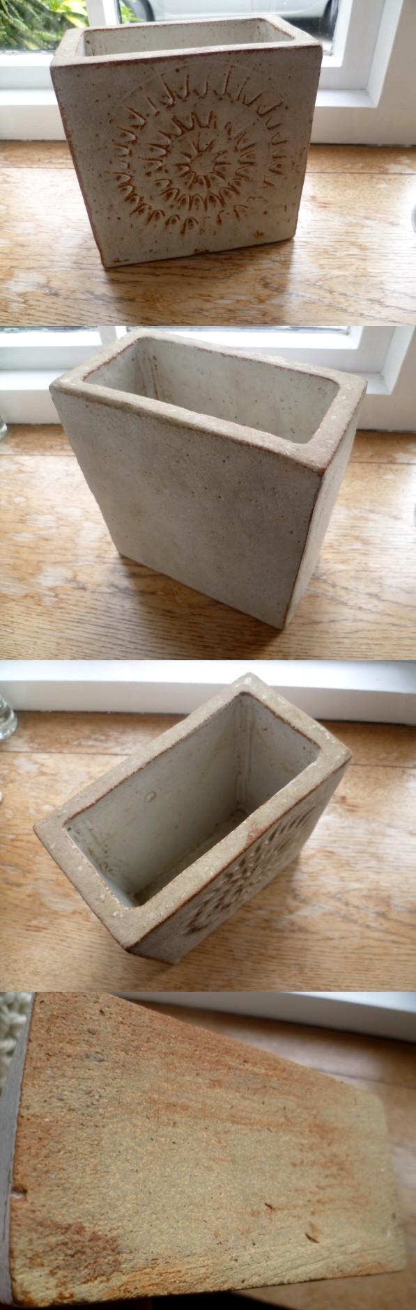 Sunburst slab vase in the style of Wallwork / Hudson Aslab10