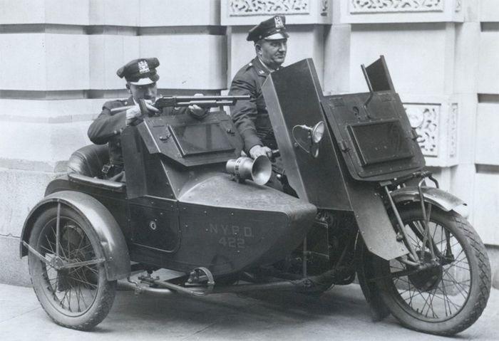 Uniforme NYPD 1950 - 2014 Nypdri10