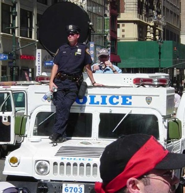 Hummer NYPD  Soundw10