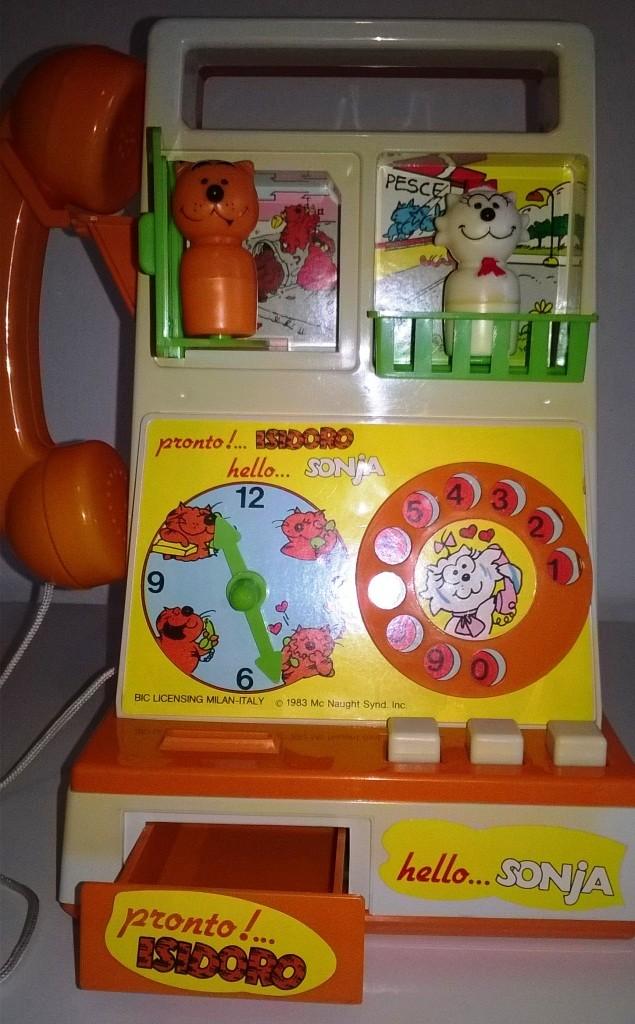 Isidoro e Sonja telefono giocattolo Isidor11