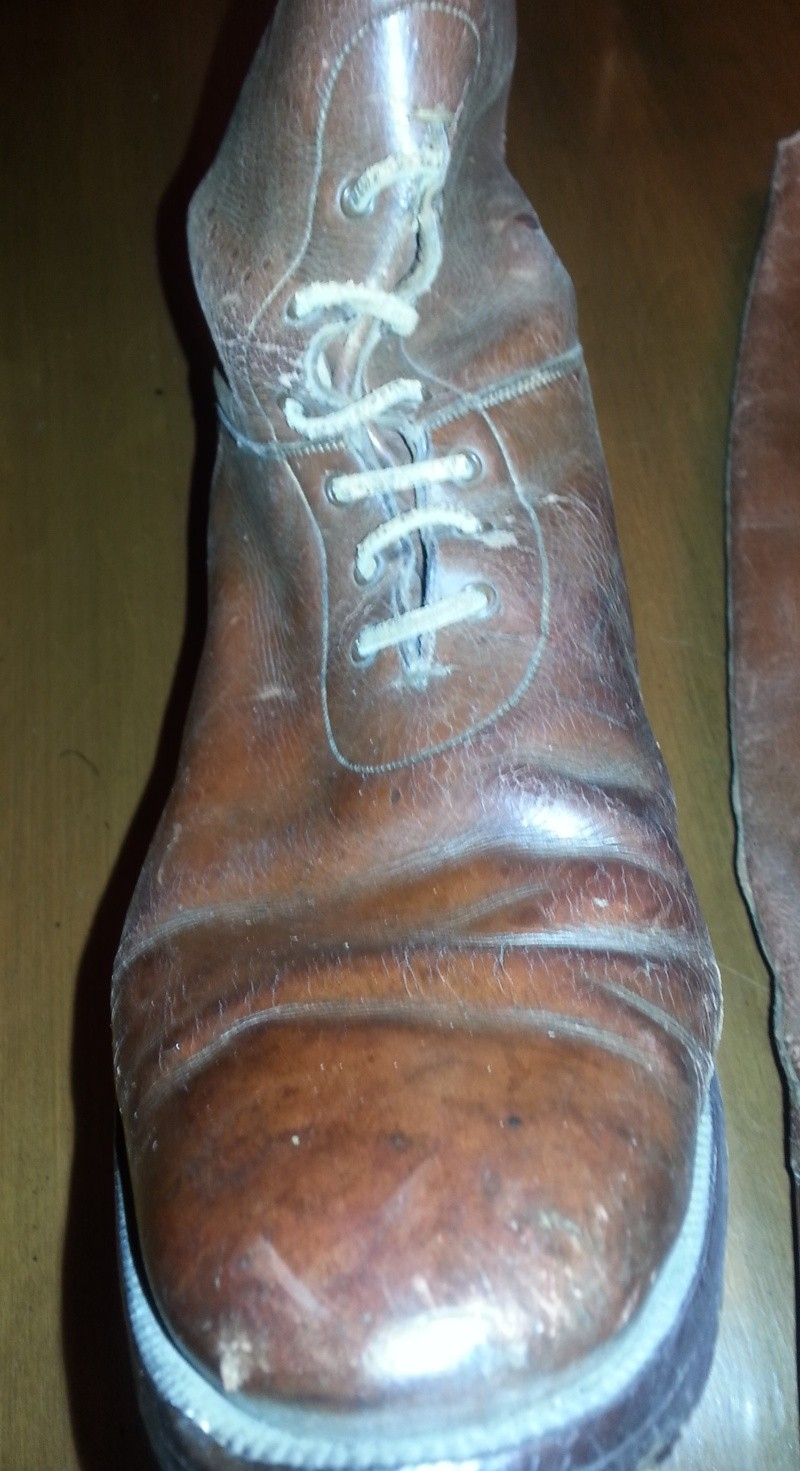 British boots 1st or second war ? 2014-149