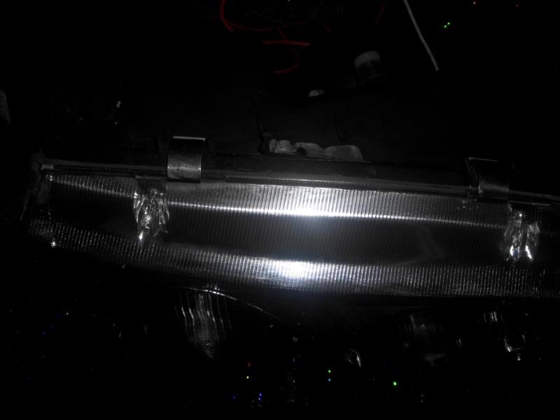 phares avant angel eyes et feux arrière Dsci0815