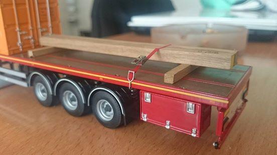 Miniatures camions 1/50 et 1/43 de David 36. - Page 6 99703110