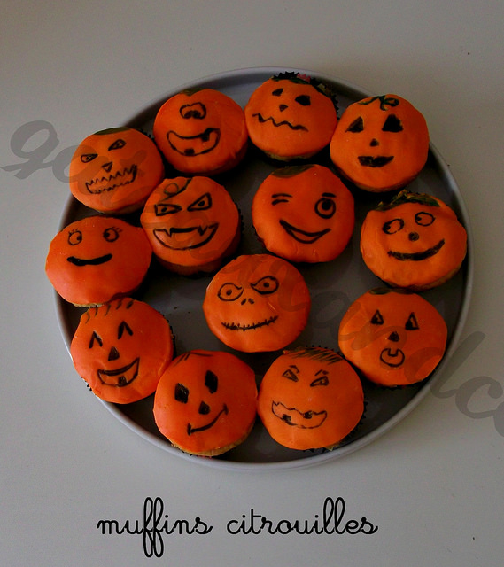 muffins et cupcakes d'halloween - Page 12 15547910