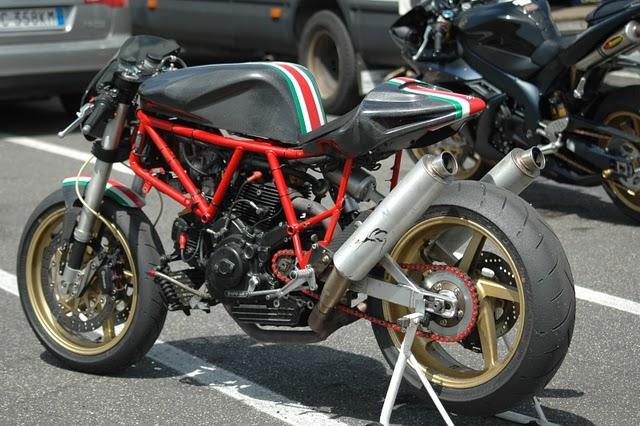 Un p'tit CR bien sympa Ducati10