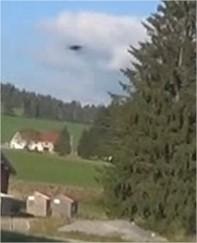 2014: le 03/10 à 17h32 - Un phénomène ovni surprenant - Les Fourgs - Doubs (dép.25) Adobe_14
