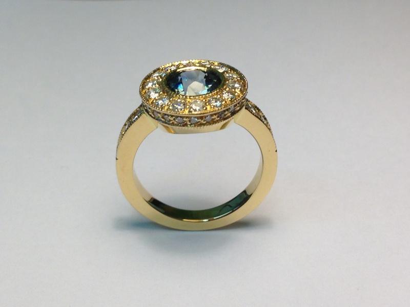 Bague Or jaune, Saphir et diamants Image410