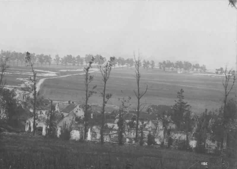 Vue allemande sur Sapigneul détruit Sapign11