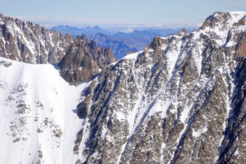 Besoin d'aide pour identification de sommets du massif du Mont Blanc Mbh_9917