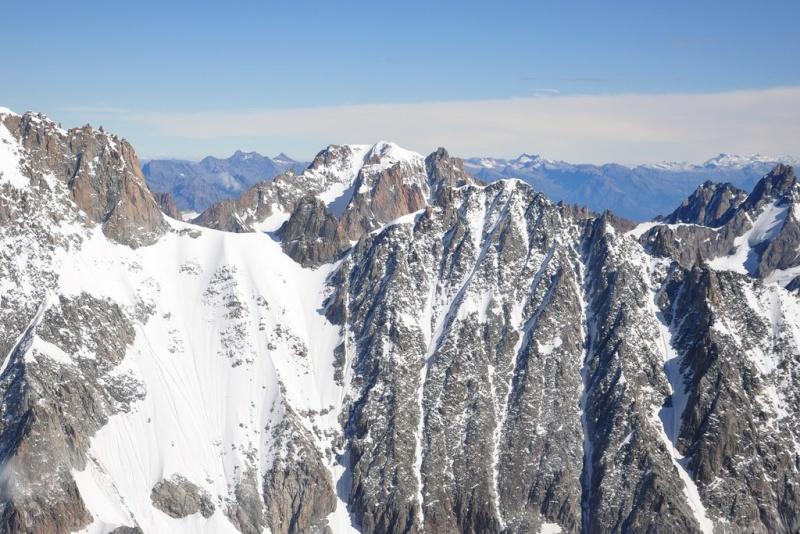 Besoin d'aide pour identification de sommets du massif du Mont Blanc Mbh_9920