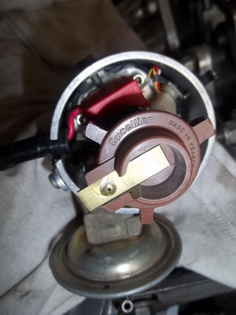 Montage d'allumeur à capteur de solara sur moteur de simca rallye . 100_4013