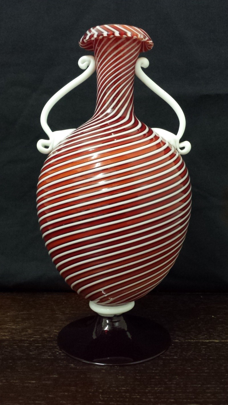 who made this murano glass vase? am been told is murano from 1960 20141013