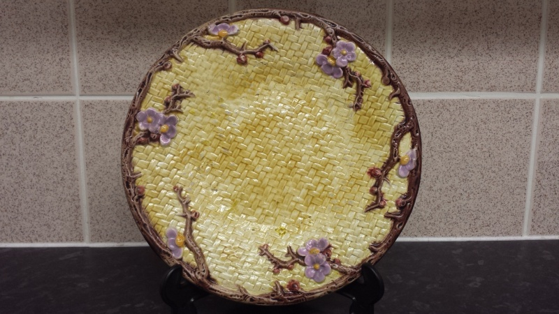 id help on signed majolica plate >>>> possibly signed HJ    20141210