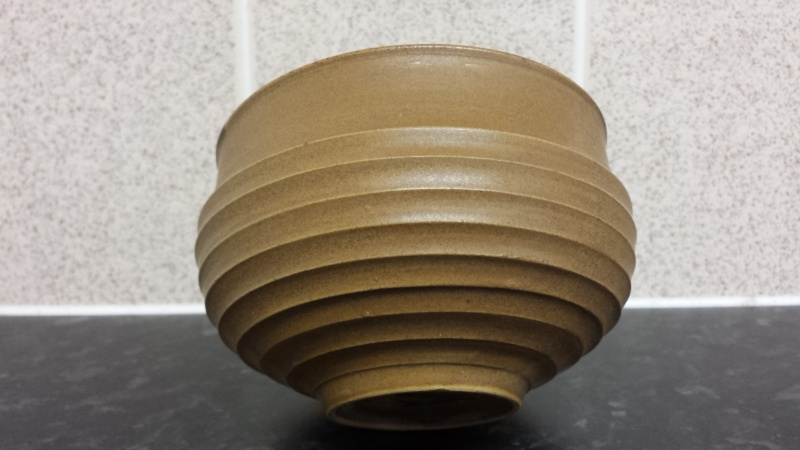 id help on this tea bowl or just bowl marked  20141223