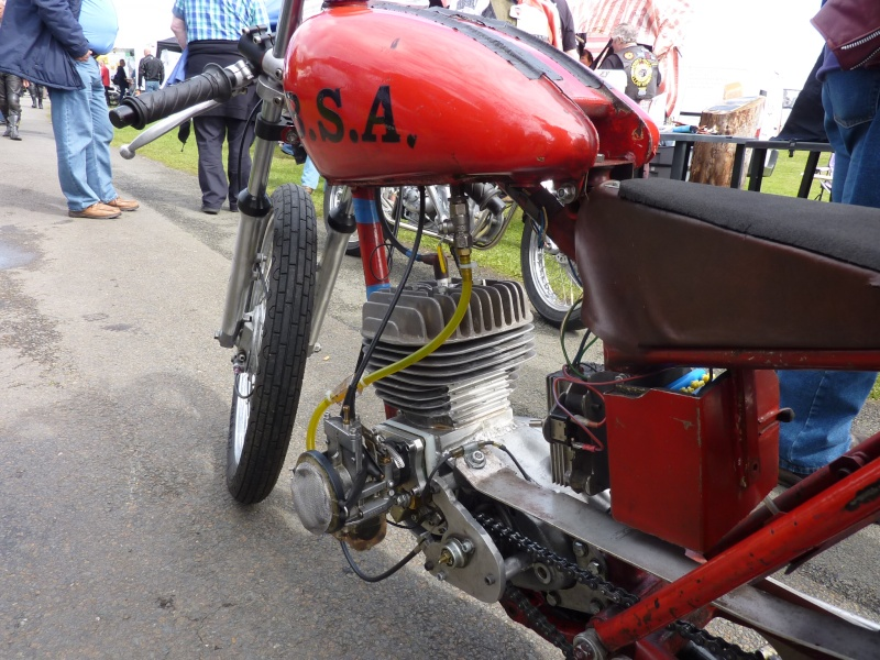 [Road Racing] Classic TT 2014 - Page 5 P1150110