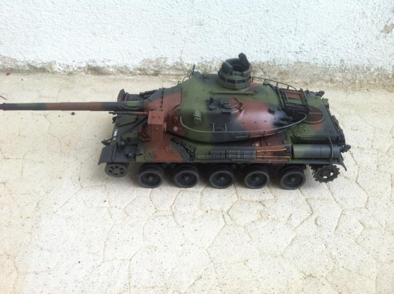 AMX 30B [Meng 1/35] -Terminé- - Page 2 Img_1541
