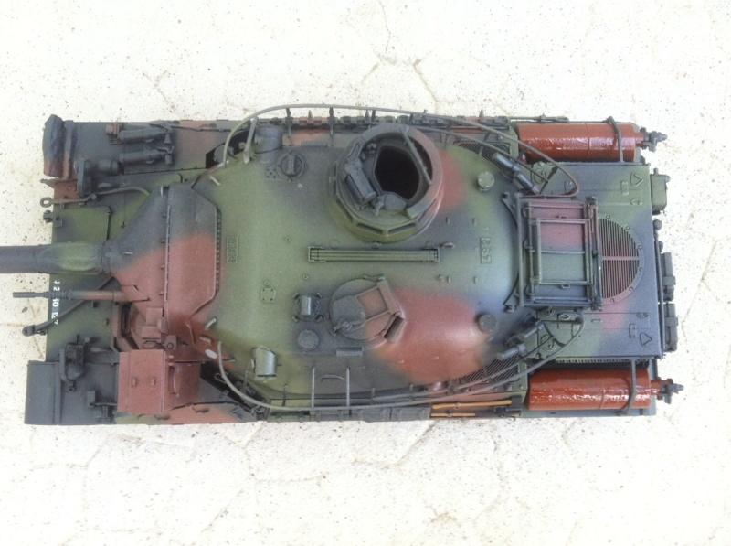 AMX 30B [Meng 1/35] -Terminé- - Page 2 Img_1546