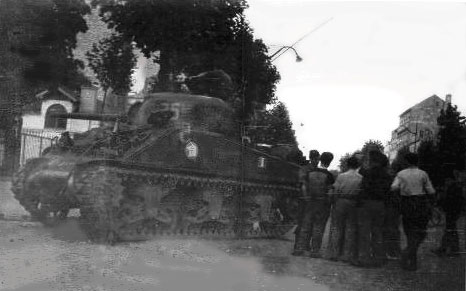 Un autre char [réponse: le CORSE] Char10