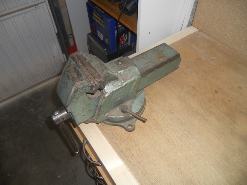 mise en forme de mon garage :) Dscn1013