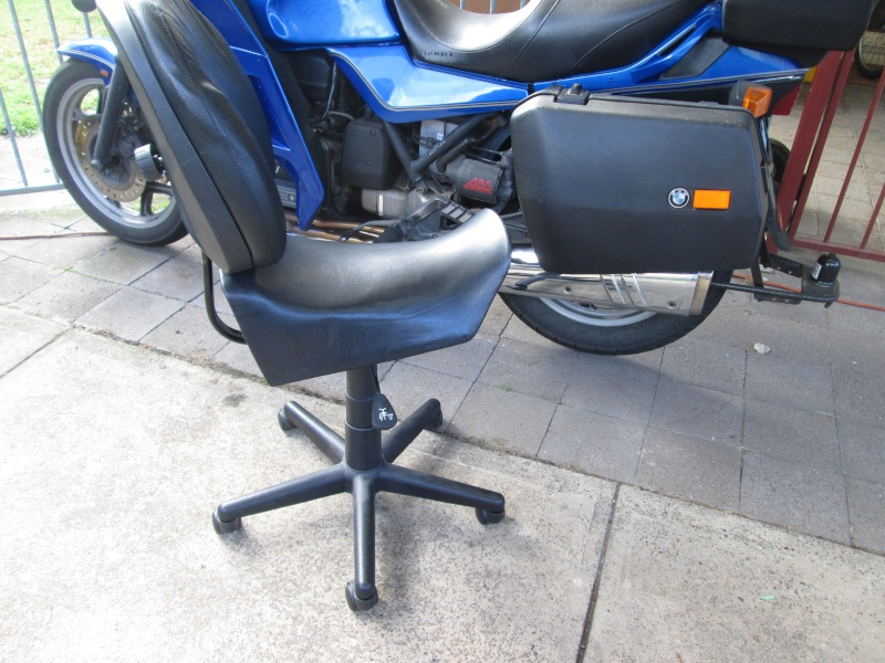 K100 stool 00910