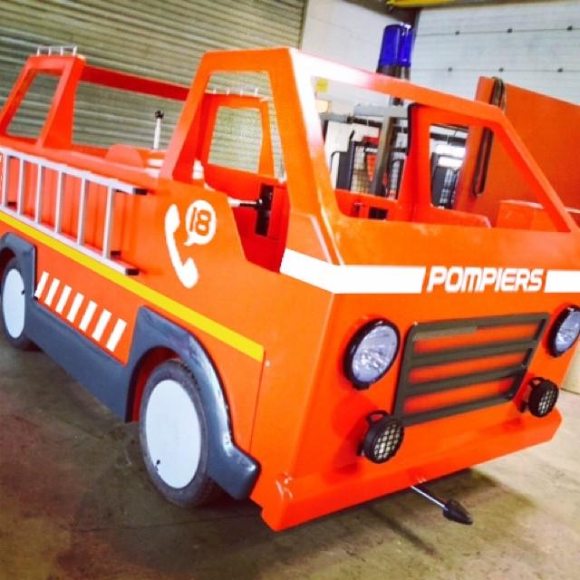 Les Apprentis pompiers (2014) 92399810