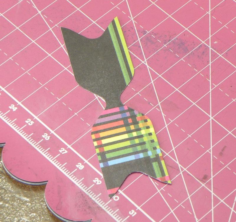 Tuto - Boucles de papier avec l'outil Enveloppe Punch Board Dscn0712