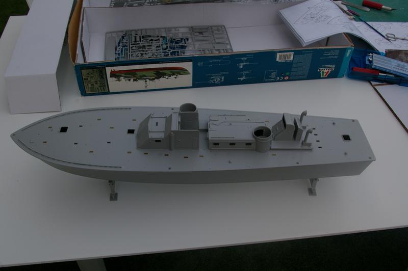 Torpedo boat PT - 596 [italeri 1/35] Imgp7117