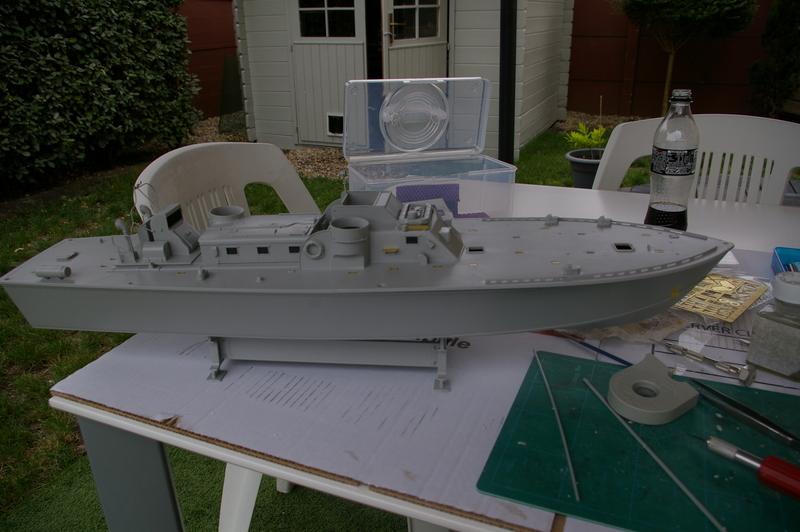 Torpedo boat PT - 596 [italeri 1/35] Imgp7121