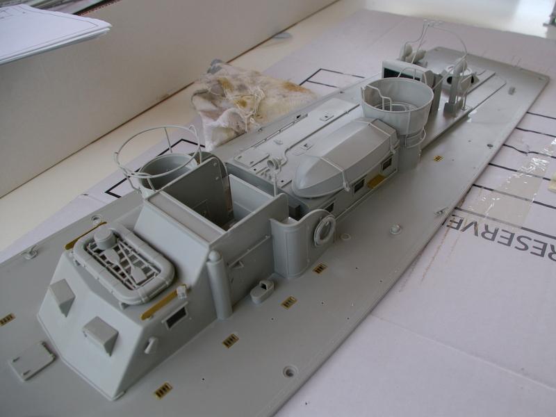 Torpedo boat PT - 596 [italeri 1/35] Imgp7128