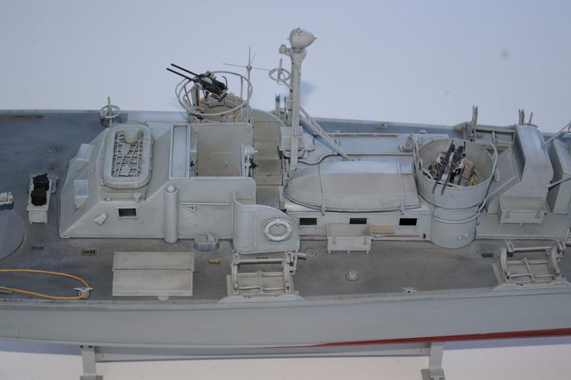 Torpedo boat PT - 596 [italeri 1/35] - Page 3 Imgp7231