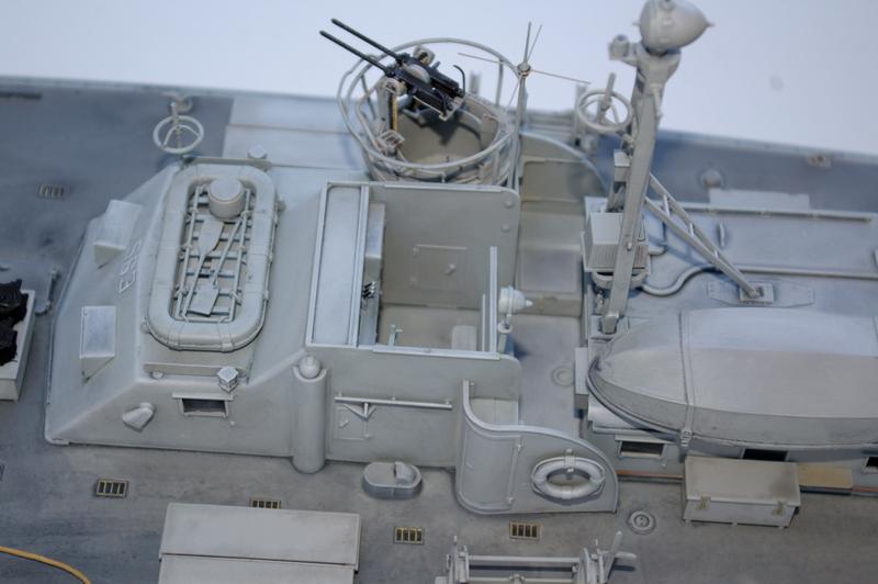 Torpedo boat PT - 596 [italeri 1/35] - Page 3 Imgp7234