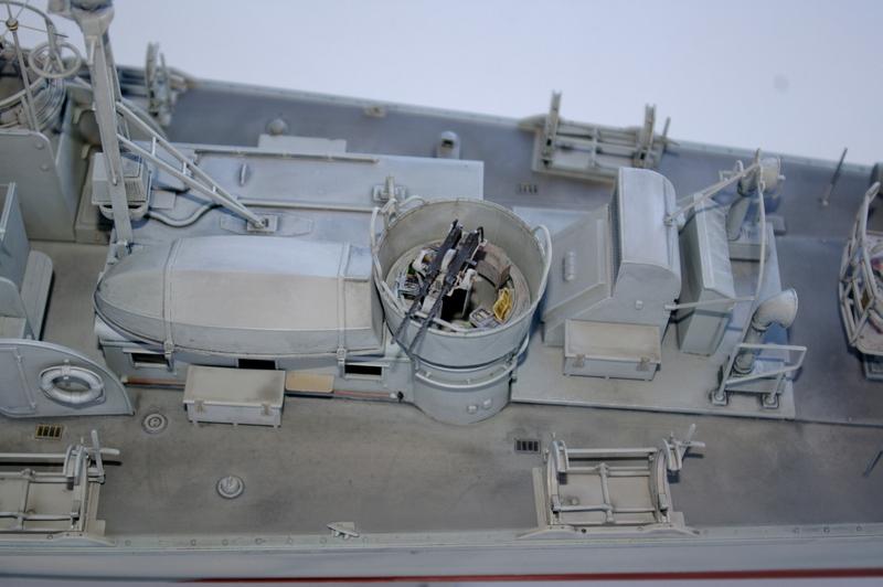 Torpedo boat PT - 596 [italeri 1/35] - Page 3 Imgp7235