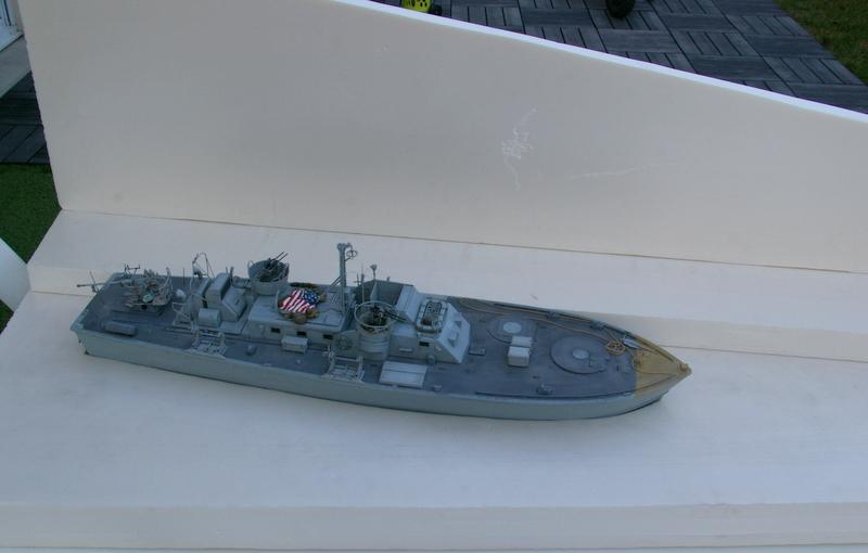 Torpedo boat PT - 596 [italeri 1/35] - Page 4 Imgp7249