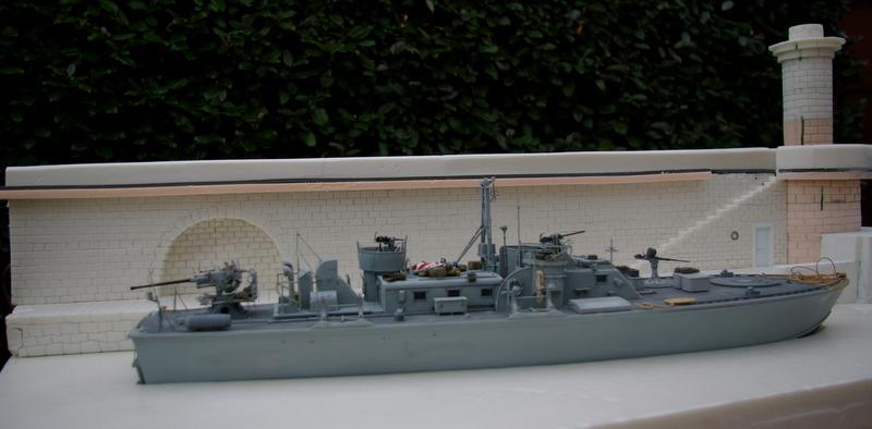 Torpedo boat PT - 596 [italeri 1/35] - Page 6 Imgp7423