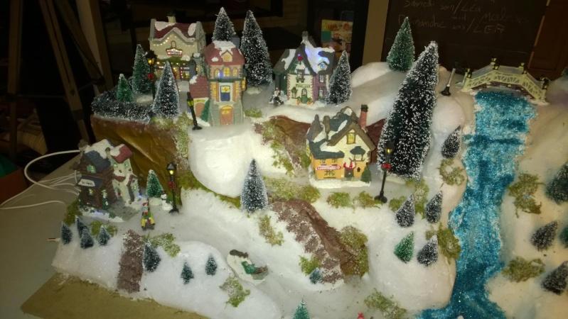 C'est bientôt Noël: montre moi ton sapin  !!  - Page 5 10838010