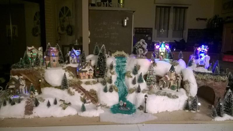 C'est bientôt Noël: montre moi ton sapin  !!  - Page 5 10855111