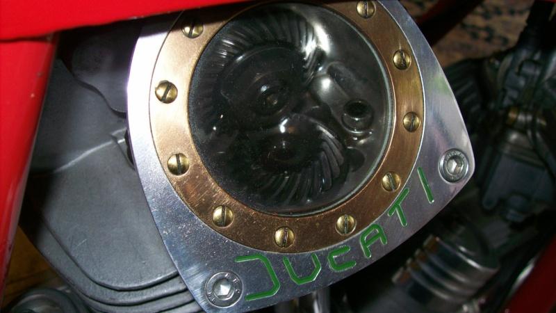 Ducati Twins à Couples Coniques : C'est ICI - Page 10 09051310