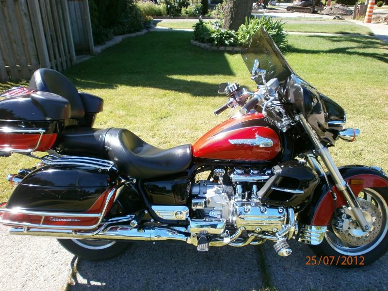 VENDU - Superbe moto originale Honda Valkyrie Interstate 111
